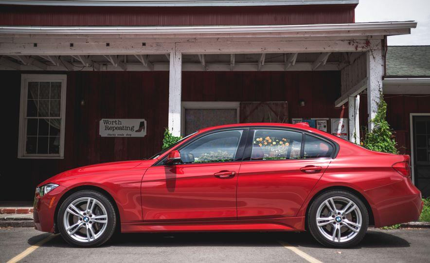 2015 BMW 335i xDrive - Slide 8