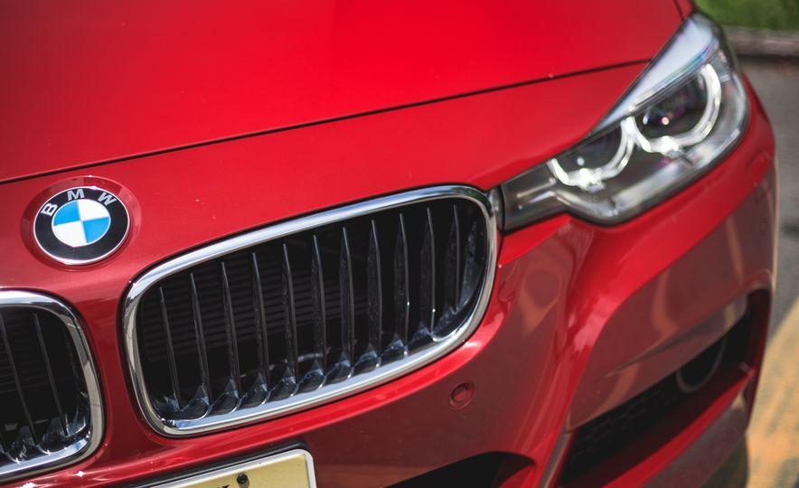 2015 BMW 335i xDrive - Slide 11