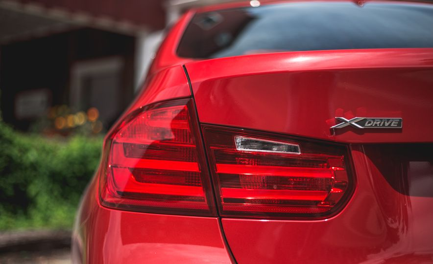 2015 BMW 335i xDrive - Slide 13