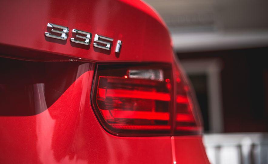 2015 BMW 335i xDrive - Slide 15