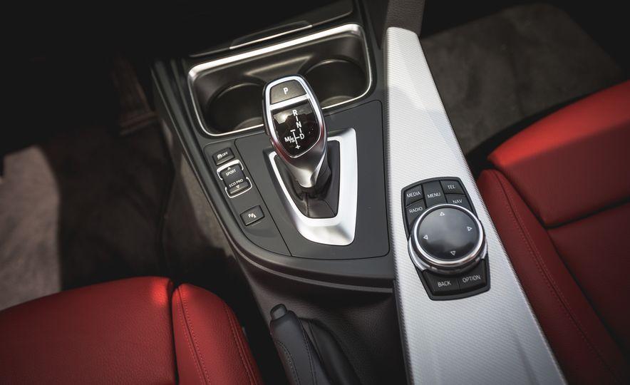 2015 BMW 335i xDrive - Slide 28