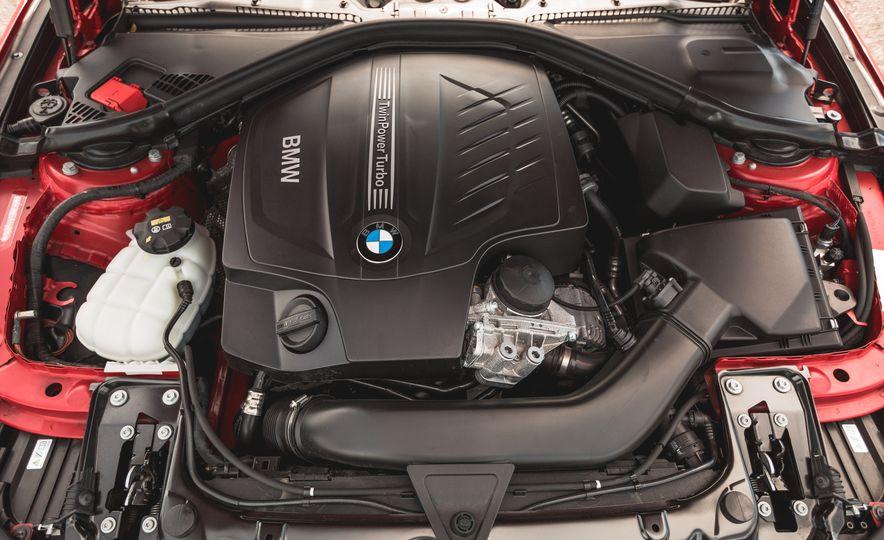 2015 BMW 335i xDrive - Slide 29