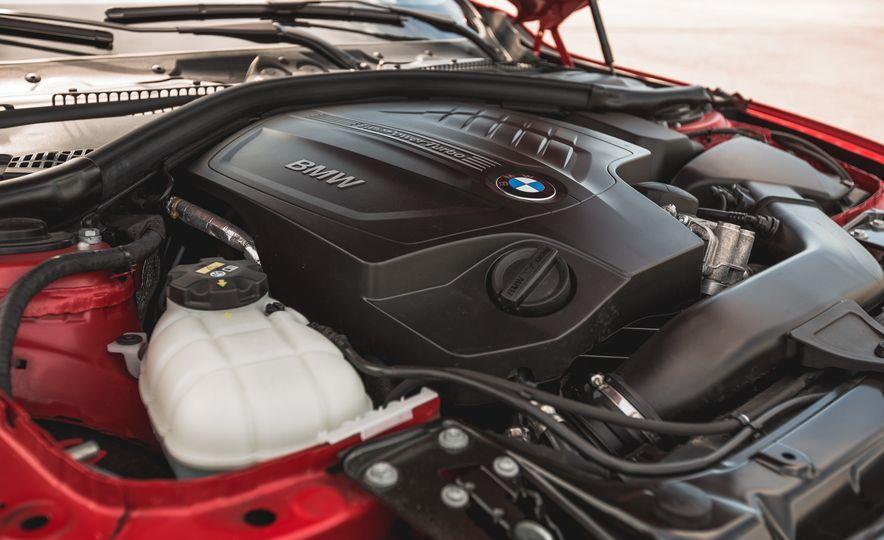 2015 BMW 335i xDrive - Slide 30
