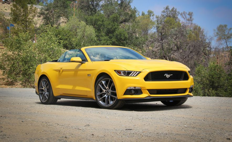2015 Ford Mustang GT convertible - Slide 1