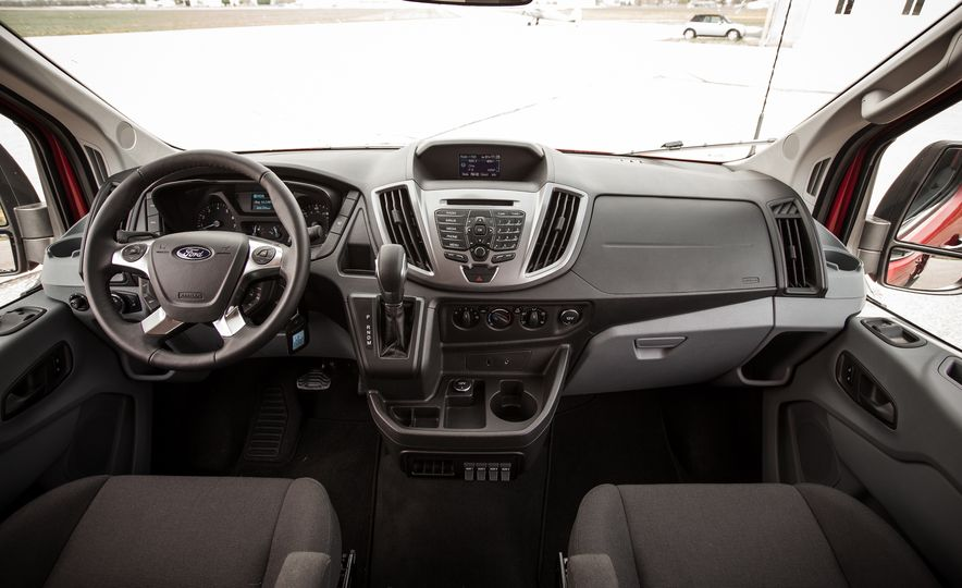 2015 Ford Transit 350 wagon - Slide 23