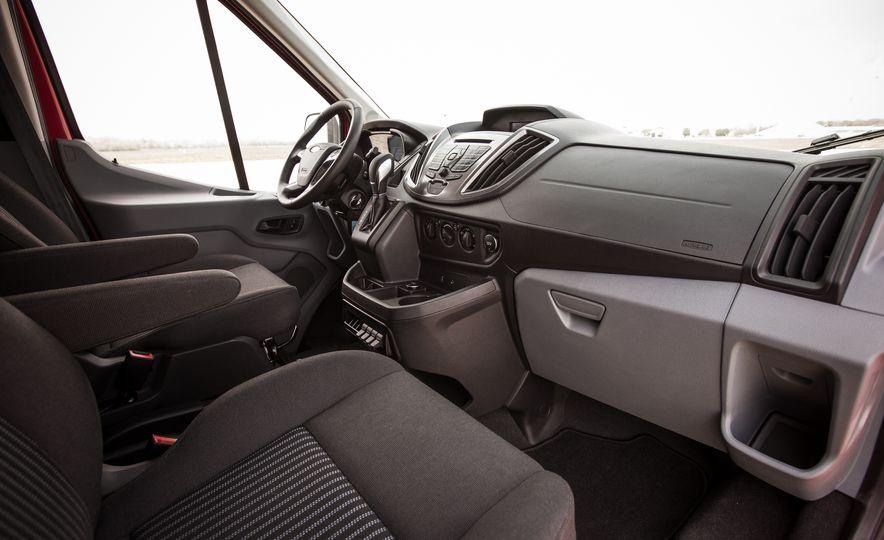 2015 Ford Transit 350 wagon - Slide 24