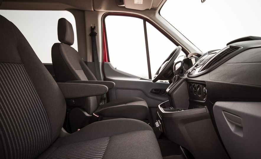 2015 Ford Transit 350 wagon - Slide 25