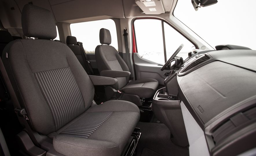 2015 Ford Transit 350 wagon - Slide 26
