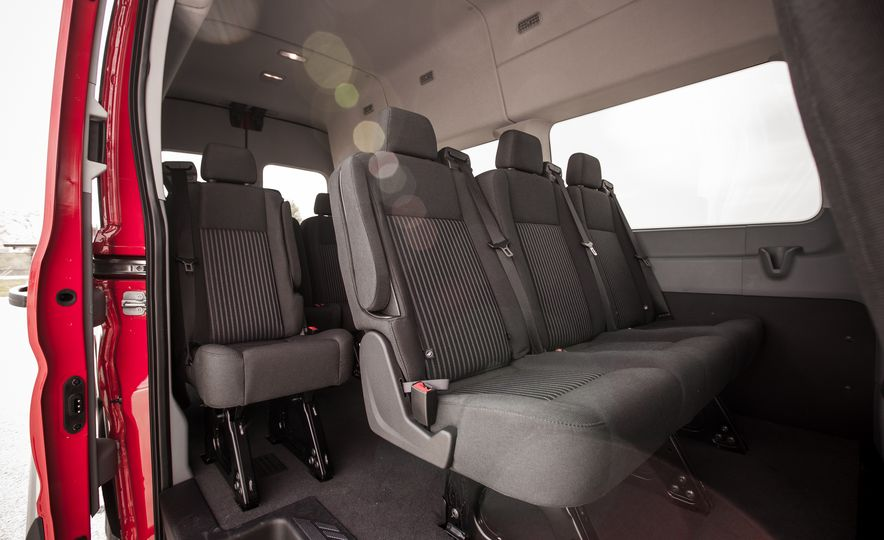 2015 Ford Transit 350 wagon - Slide 27