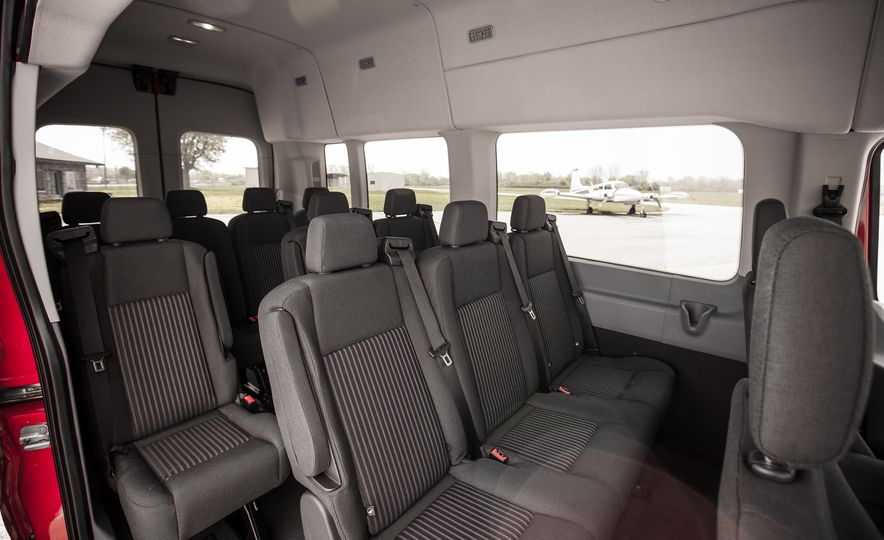 2015 Ford Transit 350 wagon - Slide 28