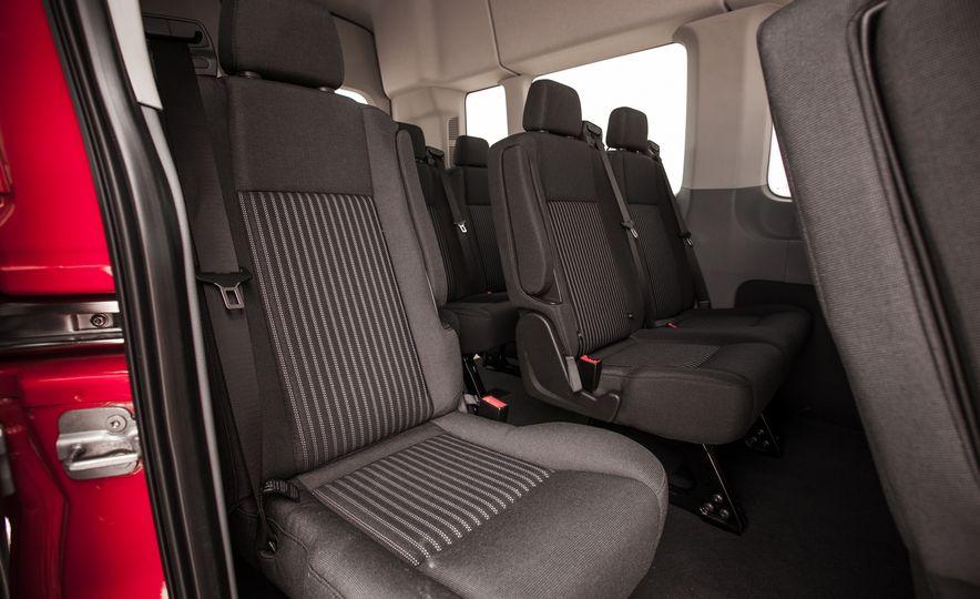 2015 Ford Transit 350 wagon - Slide 29