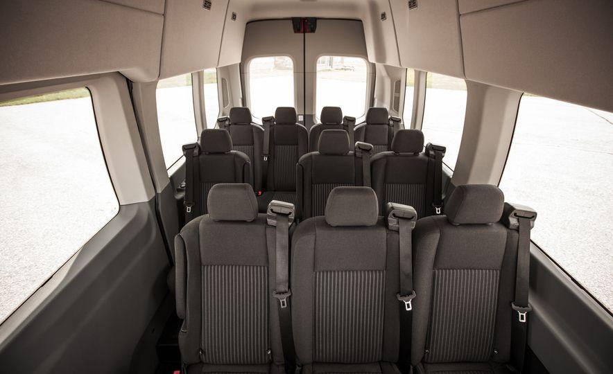 2015 Ford Transit 350 wagon - Slide 30