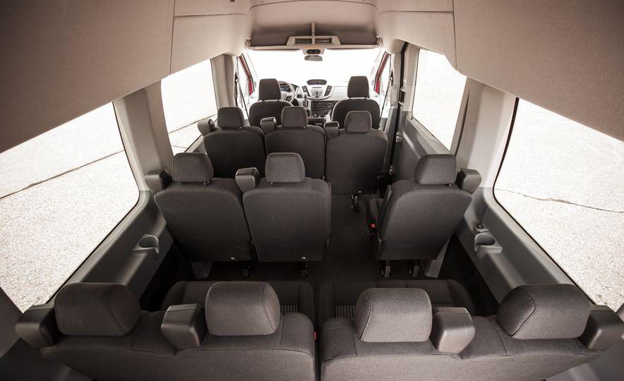 2015 Ford Transit 350 wagon - Slide 31
