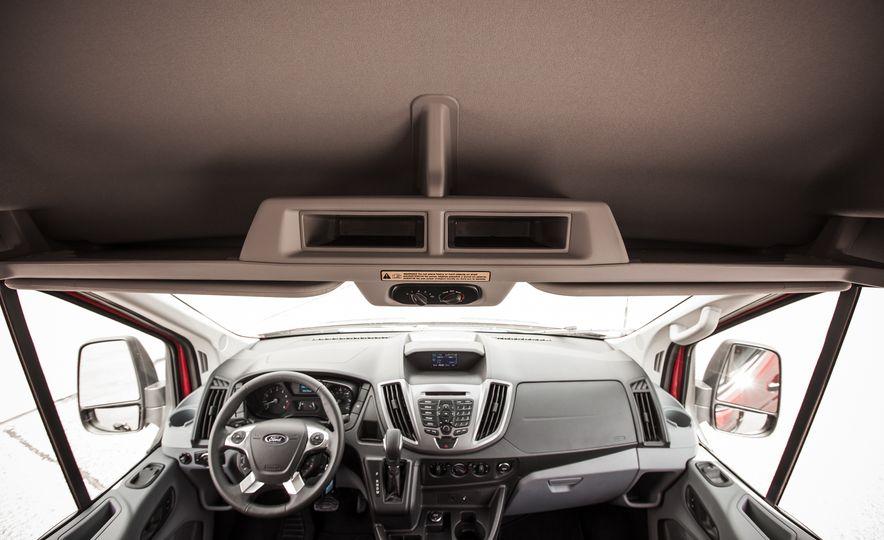 2015 Ford Transit 350 wagon - Slide 33