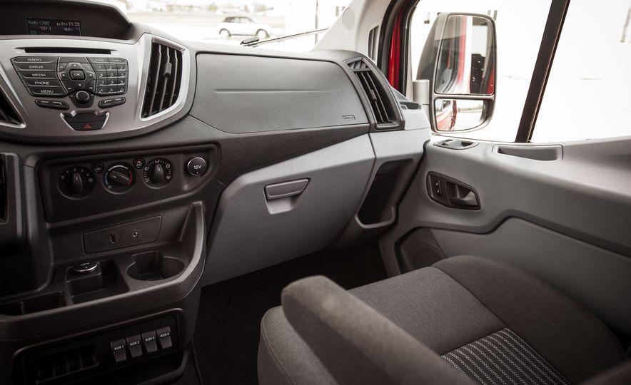 2015 Ford Transit 350 wagon - Slide 37