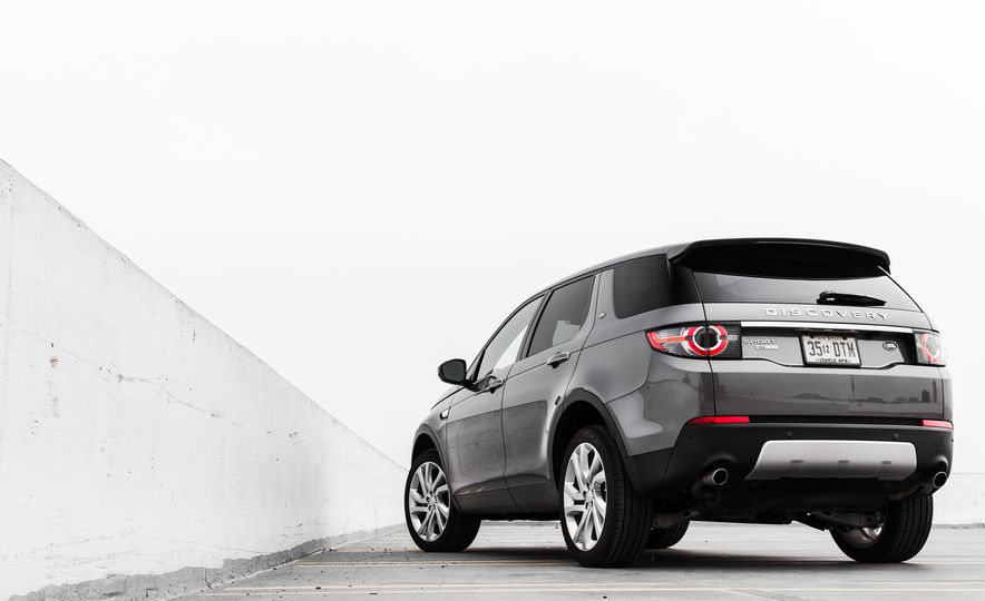 2015 Land Rover Discovery Sport - Slide 10