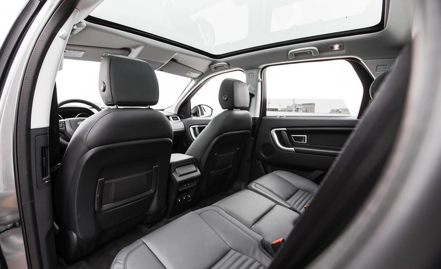 2015 Land Rover Discovery Sport - Slide 22