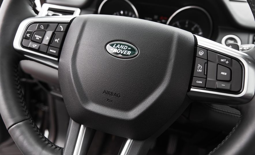 2015 Land Rover Discovery Sport - Slide 34
