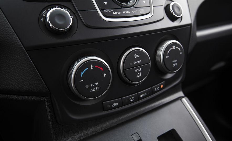 2015 Mazda 5 Grand Touring - Slide 37