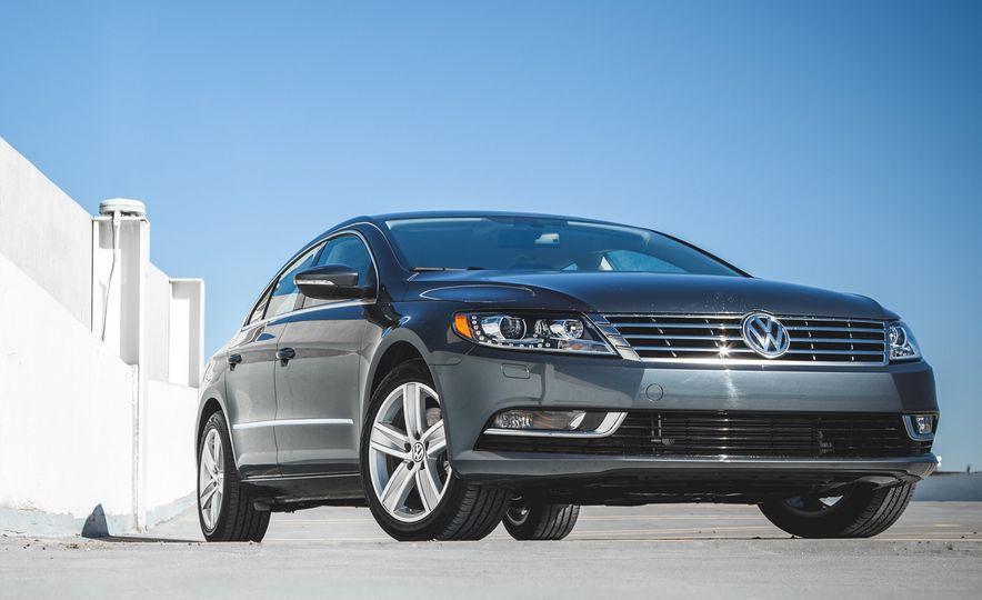 Bargain Beauties: The 10 Best-Looking Cars Under $35,000 - Slide 20