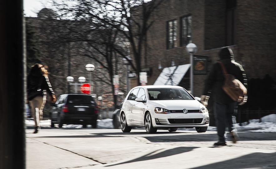Volkswagen GTI Clubsport - Slide 9