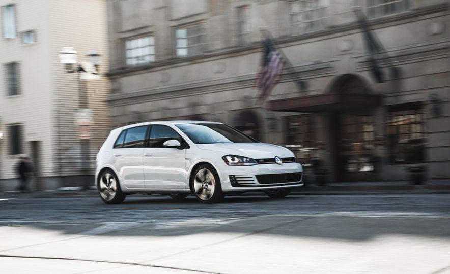Volkswagen GTI Clubsport - Slide 11