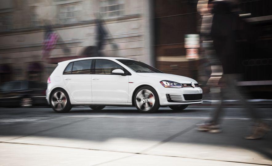 Volkswagen GTI Clubsport - Slide 12