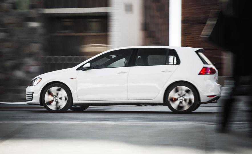 Volkswagen GTI Clubsport - Slide 15