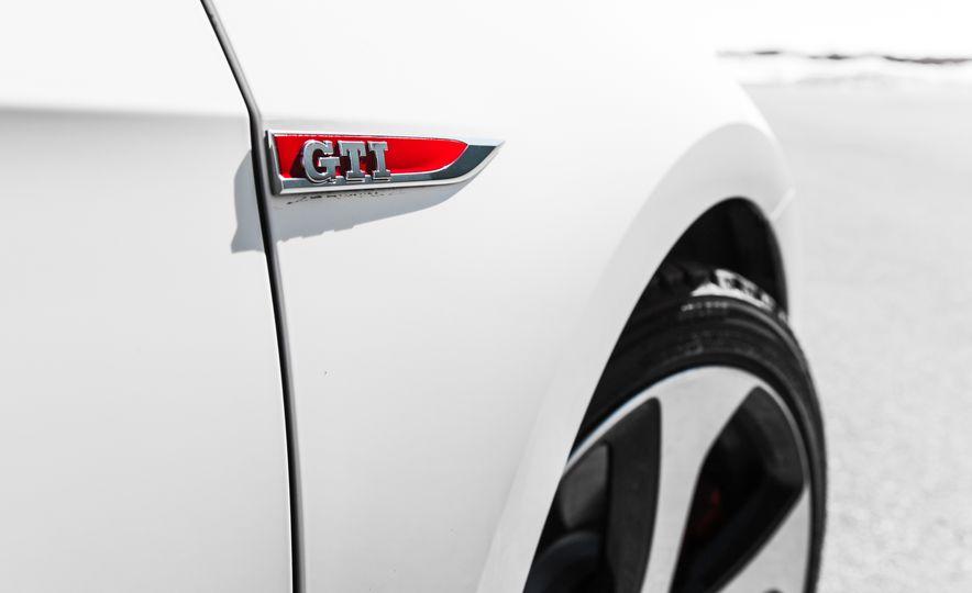 Volkswagen GTI Clubsport - Slide 32