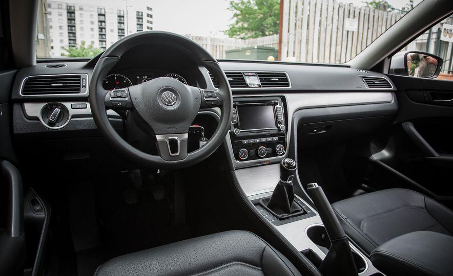 2015 Volkswagen Passat TDI - Slide 14