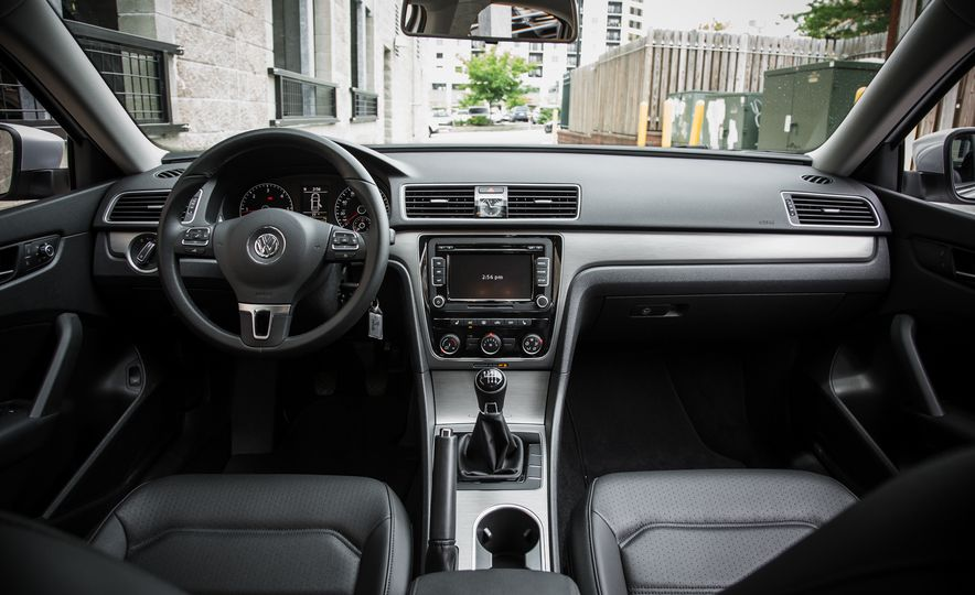 2015 Volkswagen Passat TDI - Slide 16