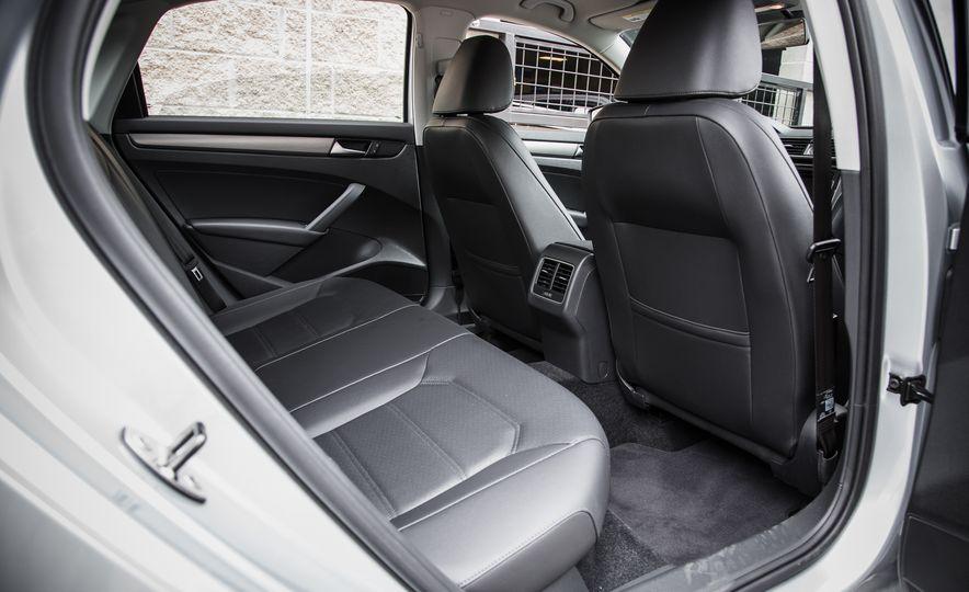 2015 Volkswagen Passat TDI - Slide 18