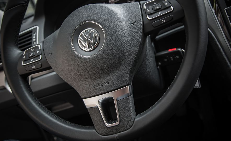 2015 Volkswagen Passat TDI - Slide 21