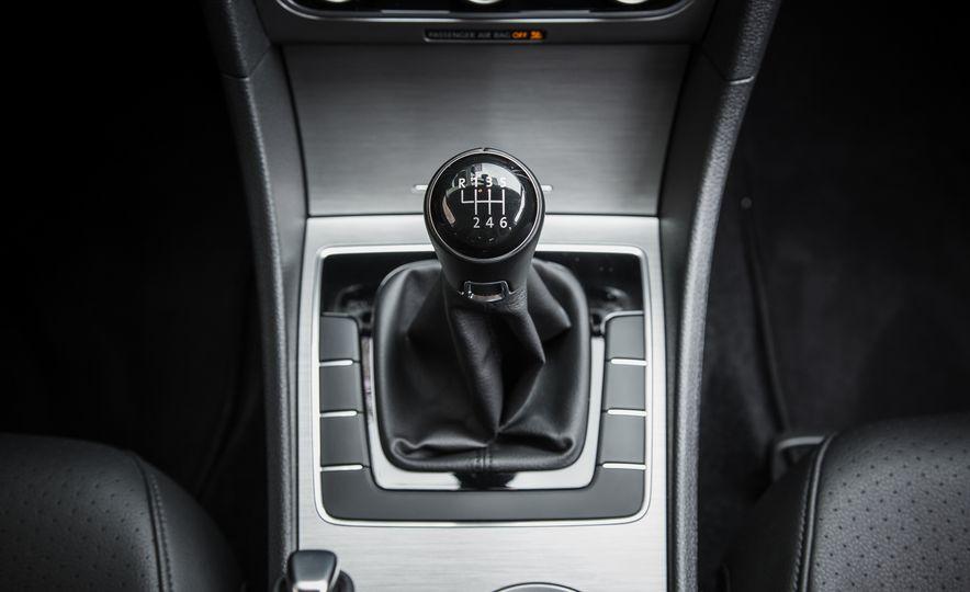2015 Volkswagen Passat TDI - Slide 23