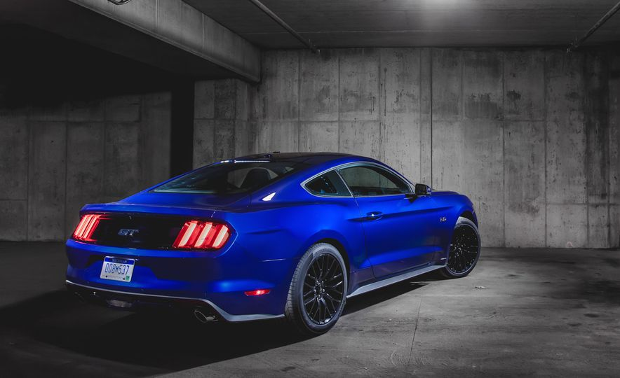 2015 10Best Cars in Pictures: The Best Cars Available Today - Slide 9