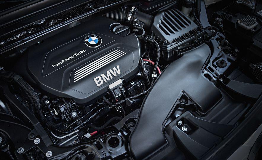 2016 BMW X1 xDrive25i (Euro-spec) - Slide 72