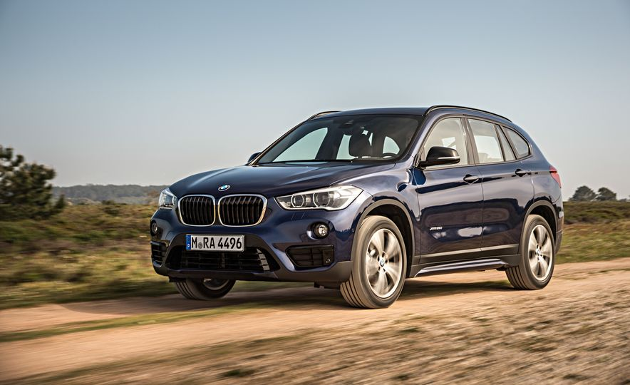 2016 BMW X1 xDrive25i (Euro-spec) - Slide 5