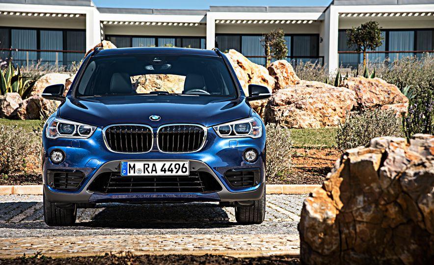 2016 BMW X1 xDrive25i (Euro-spec) - Slide 8