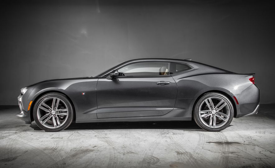 2016 Chevrolet Camaro RS - Slide 2