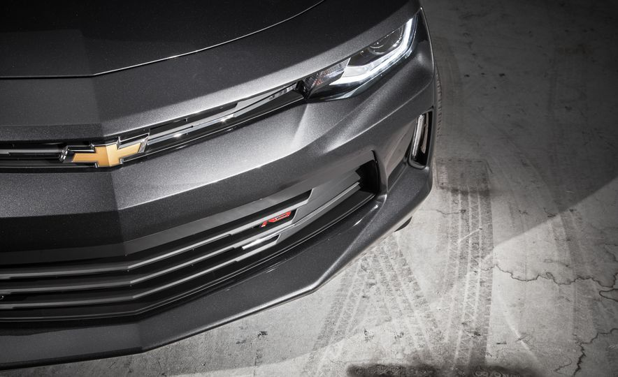 2016 Chevrolet Camaro RS - Slide 6