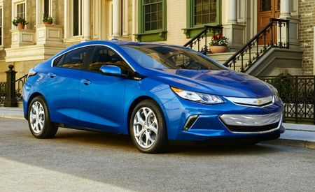 Redesigned 2016 Chevrolet Volt Sees Price Drop