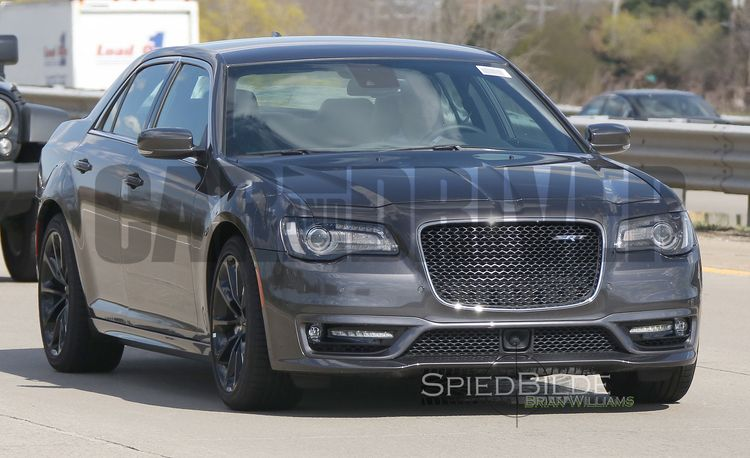 2016 Chrysler 300 SRT: It's Alive – Future Cars