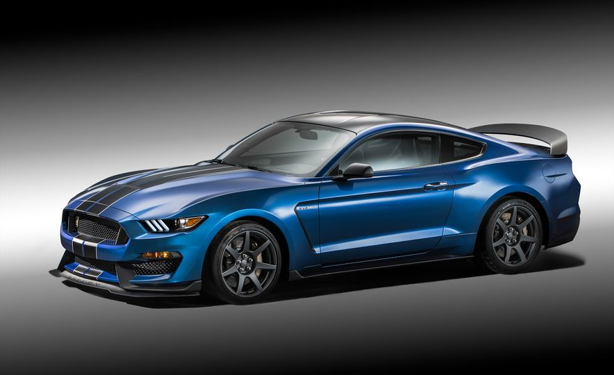 2016 Ford Mustang Shelby GT350R - Slide 5