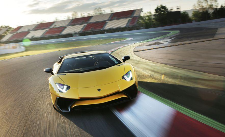 2016 Lamborghini Aventador LP750-4 SVs - Slide 42