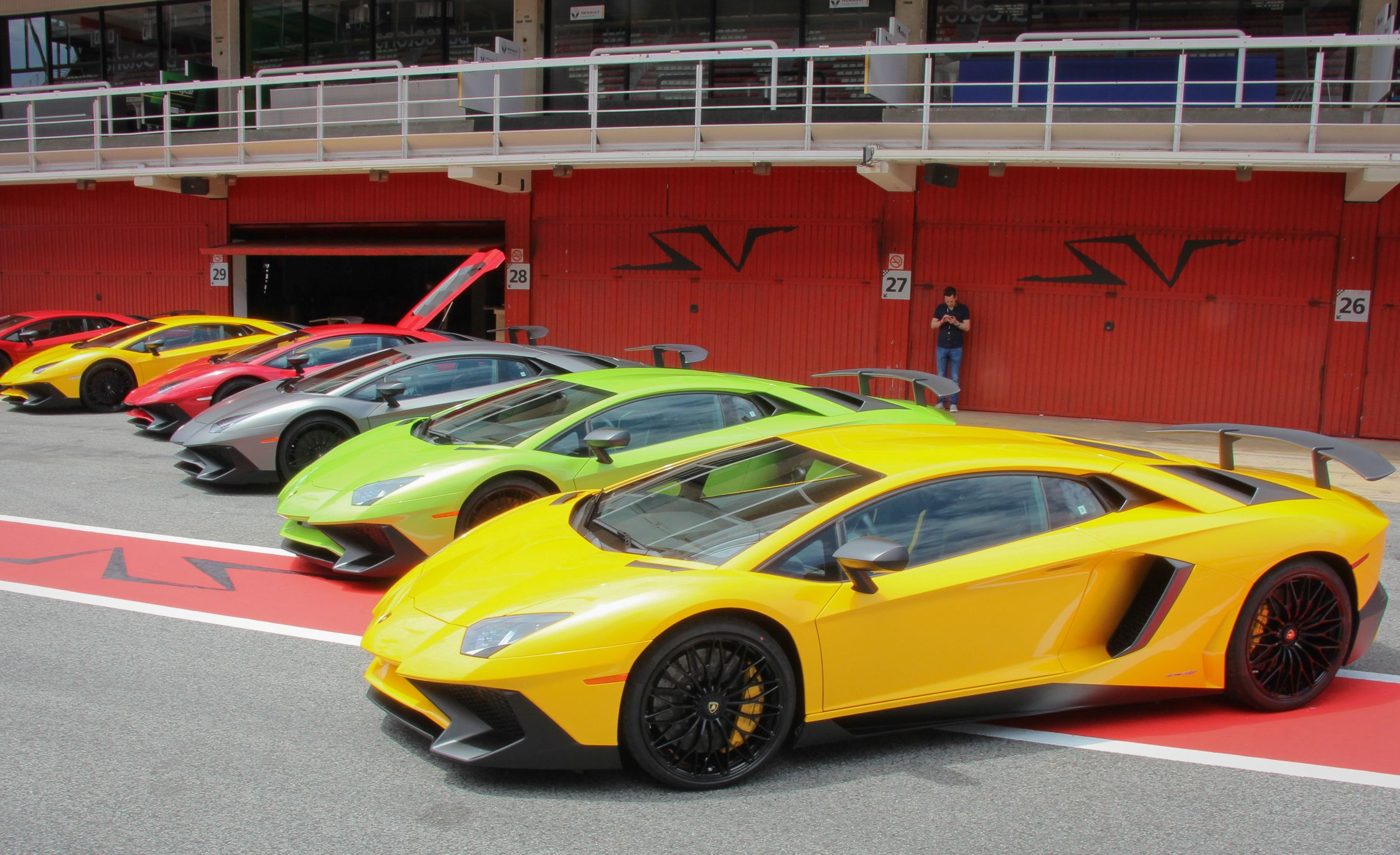 2016 lamborghini aventador coupe pictures photo gallery car and driver