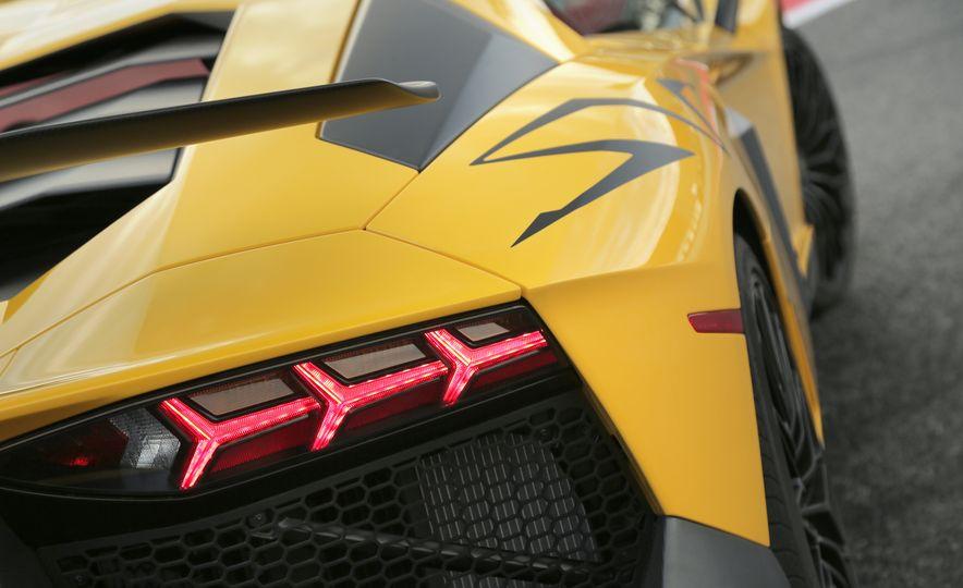 2016 Lamborghini Aventador LP750-4 SVs - Slide 74