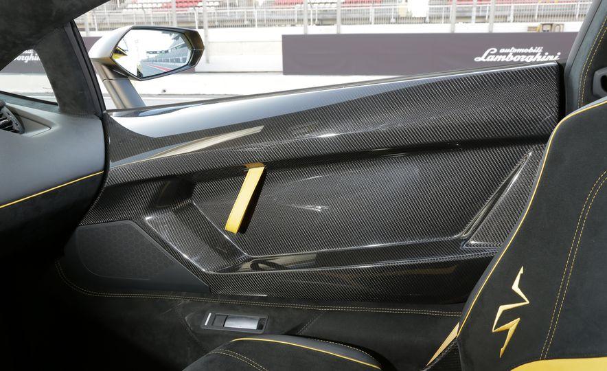 2016 Lamborghini Aventador LP750-4 SVs - Slide 80