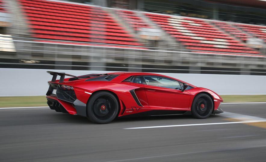 2016 Lamborghini Aventador LP750-4 SVs - Slide 96