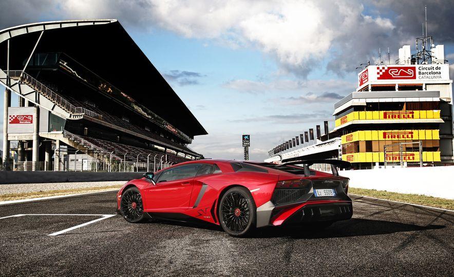 2016 Lamborghini Aventador LP750-4 SVs - Slide 99
