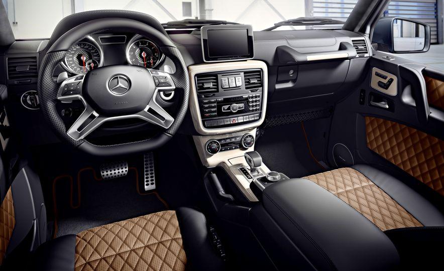 2016 Mercedes-Benz G500 - Slide 19